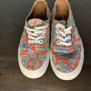 ❤️3/20❤️Vans Paisley print low profile sneakers
